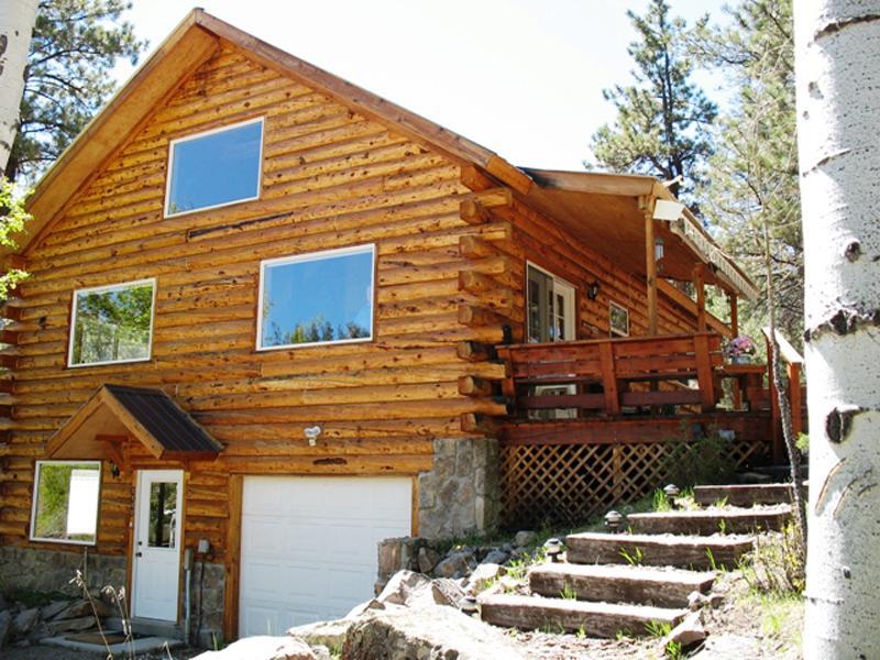 Aspen house lodge hall realty inc for Aspen house